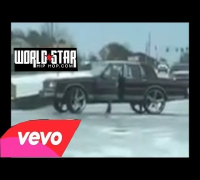 Atlanta Snow Struggle Continues: Guy Gets Stuck At Intersection Sittin On 30 Inch Rims