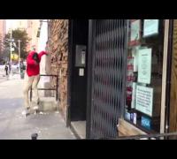 Black Dave Willis - FS 180 Bar Hop