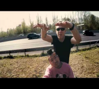 Blumio feat. JayJay - Wenn der Bus rollt (Official Video)