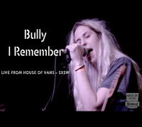 "Bully performs ""I Remember"" at SXSW"
