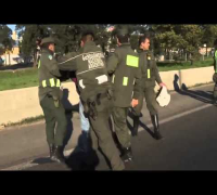 Corrupt Argentinian Cop Jumps Onto Moving Car, Fakes Injury & Arrests The Driver!