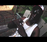 "Crunchy Black Talks ""Gangsta Walkin"" (Jooking)  [Interview]"