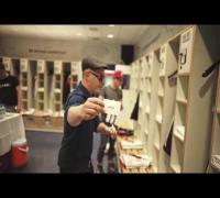 Fettes Brot in der Kabine der Nationalmannschaft / FUSSBALLGOTT