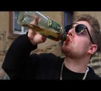 Jesus Christoph Rap - Ausgeleierte Muschi [3/7]