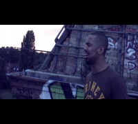 "Moe Mitchell - ""Es brennt in meiner Seele"" (Official HD Video) 2014"