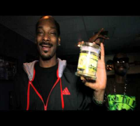 Snoop Dogg Smoking Kurupts MoonRock
