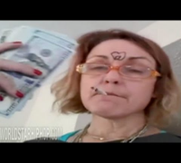 """Who's Mother Is This? Woman Trying To Live That Thug Life """"This Pxssy Solid Gold"""" (Compilation) (HD)"""