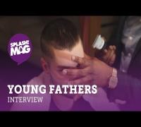 Young Fathers über Szenediskussionen und gefreestylte Studiosessions (splash! Mag TV)